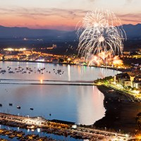 Dia del Turista: Espectacle de focs artificials