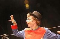 "Espectacle de circ: ""Mesieu"" Moustache, de la Cia. Pessic de Circ"