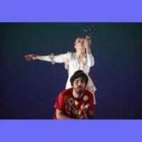 Teatre Optimist: Bombolles de paper