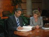 Visita a l'Ajuntament del Molt Honorable Sr. Ernest Benach, president del Parlament de Catalunya. 19 de novembre de 2008.