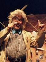 """""""L'inventor d'il·lusions"""", un espectacle infantil màgic al Teatre Municipal de Roses"""