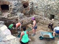 Campanya d'excavacions per recuperar l'antic camí de la vila medieval de Roses