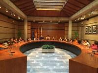 Els escolars de Roses coneixen l'Ajuntament i són rebuts per l'alcaldessa, Montse Mindan