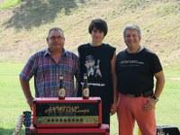 Guillem Camós recull el premi del Duel de Guitarres a la Ciutadella de Roses
