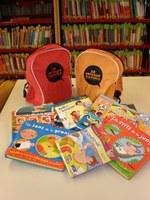 """La Biblioteca de Roses promou l'hàbit de la lectura entre els infants menors de 3 anys amb """"La motxilla viatgera"""""""