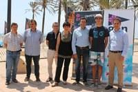 Més de cent regatistes participen en el primer Campionat del Món de Windsurf Master i Juvenil que es fa a Roses