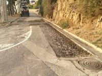 Reasfaltat i millora de pluvials al Puig Rom de Roses