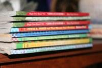 Roses destina 168.000 € a subvencionar els llibres de text de més de 2.200 alumnes rosincs
