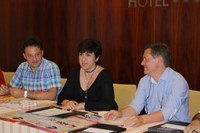 Roses es converteix en el primer municipi català en acceptar els xecs vacances