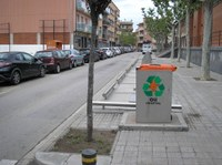 Roses instal·la al Mercat Municipal el primer dels tres contenidors per a la recollida d'oli vegetal de cuina