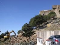 S'inicien les obres per incorporar un nou aparcament a peu d'entrada del Castell de la Trinitat